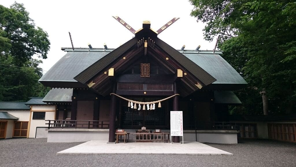 千歳神社の本殿