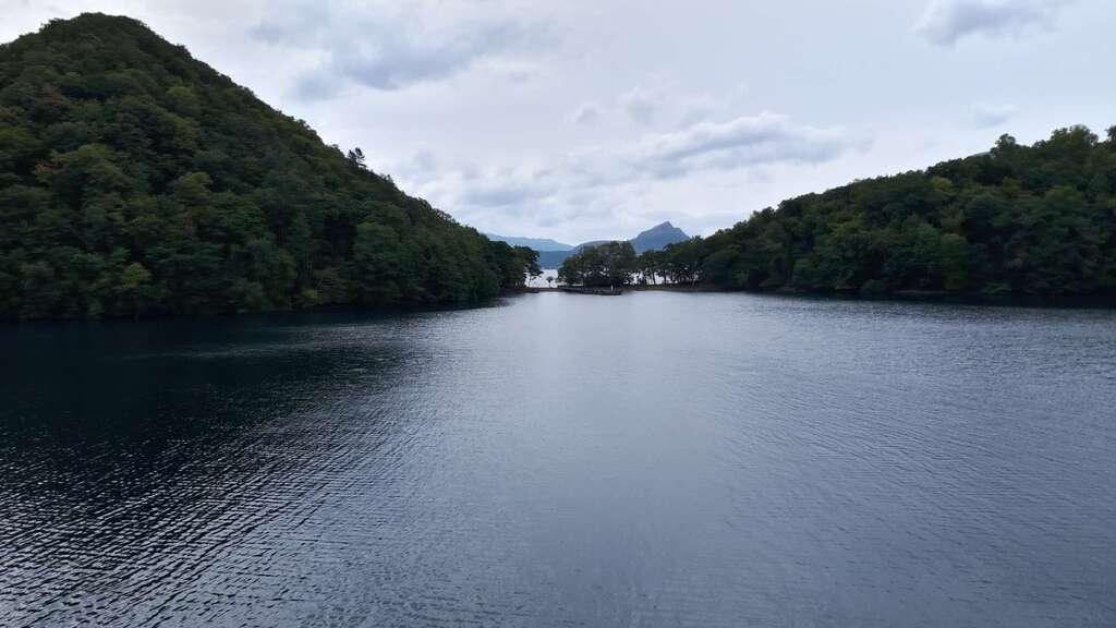 神社(洞爺湖中の島)の景色