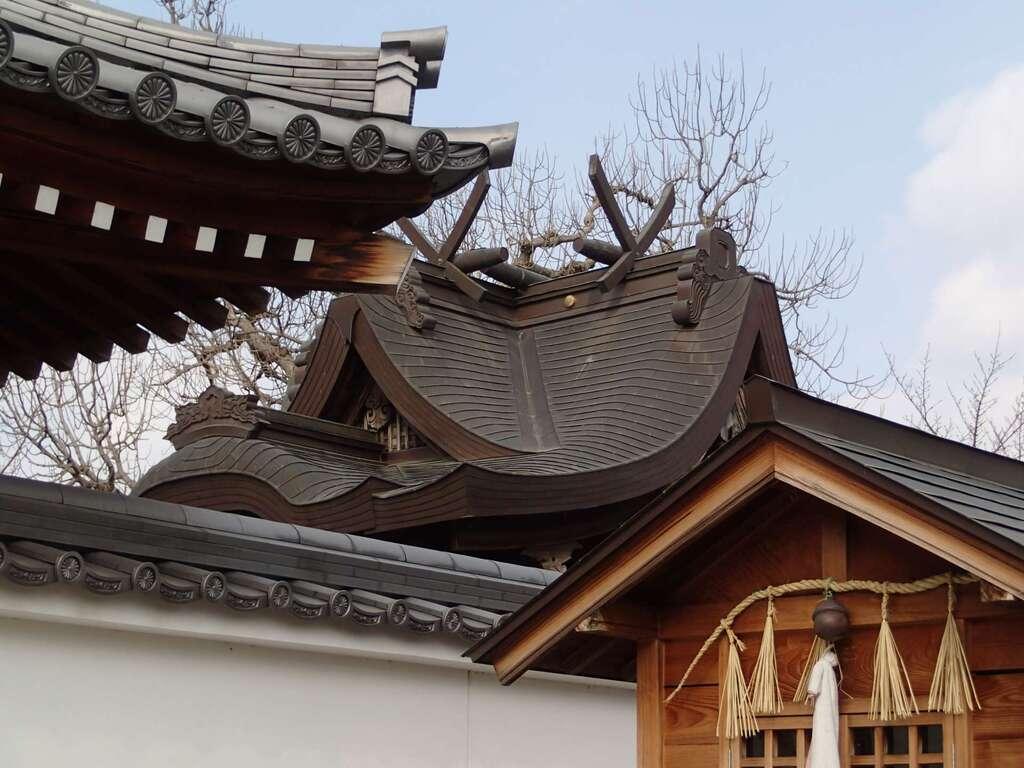 志貴縣主神社の建物その他