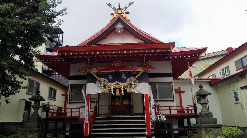 北見稲荷神社の本殿