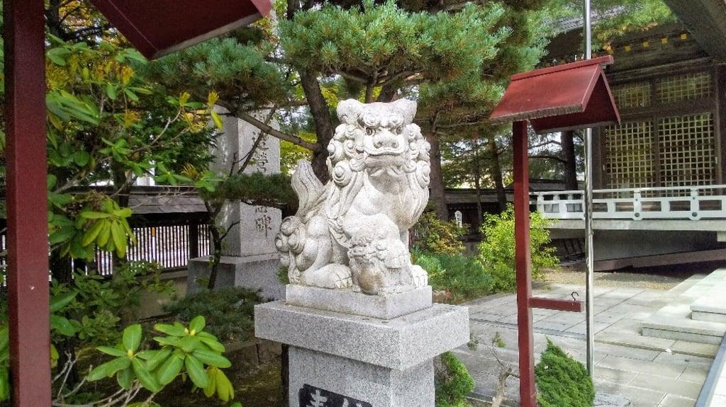 北見神社の狛犬