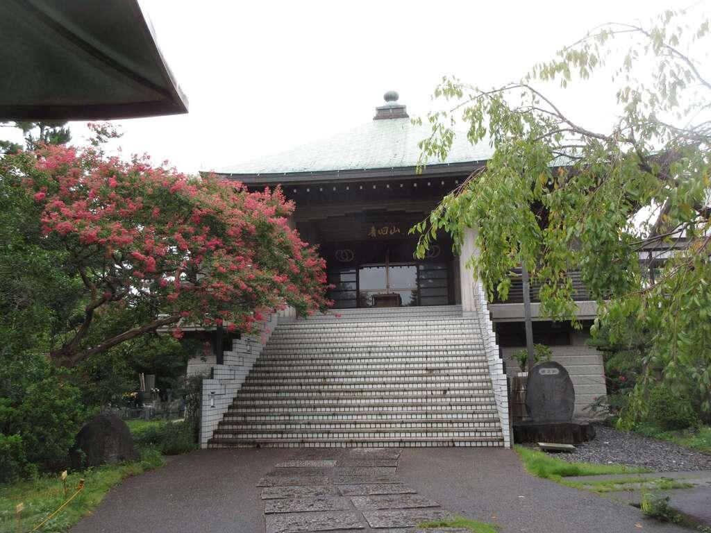 宝蔵院の本殿