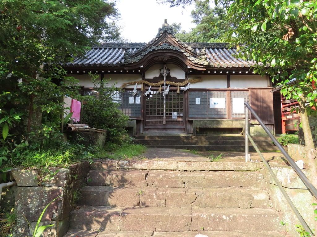 国玉神社の本殿
