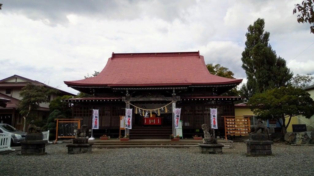 伊達神社の本殿
