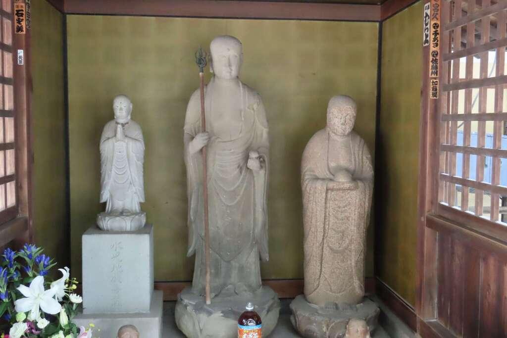東長寺の地蔵