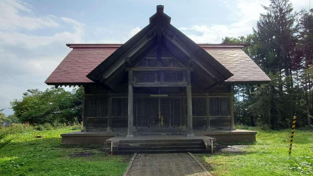 角田神社の本殿
