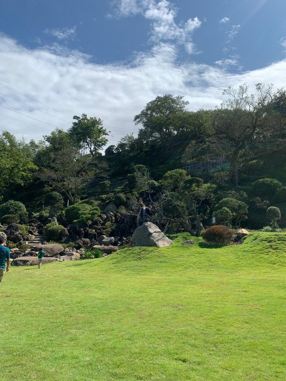 金蛇水神社の庭園