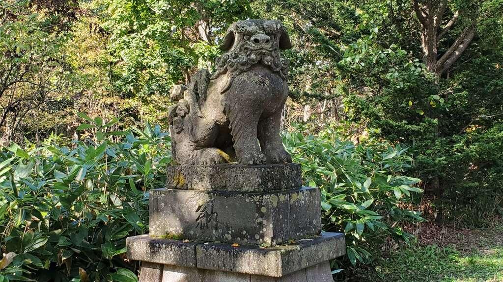興部神社の狛犬