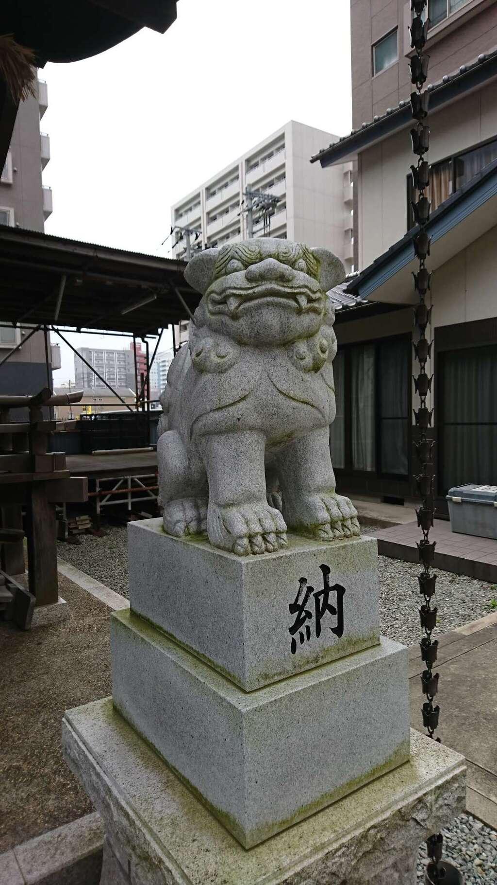 小田原八幡神社の狛犬