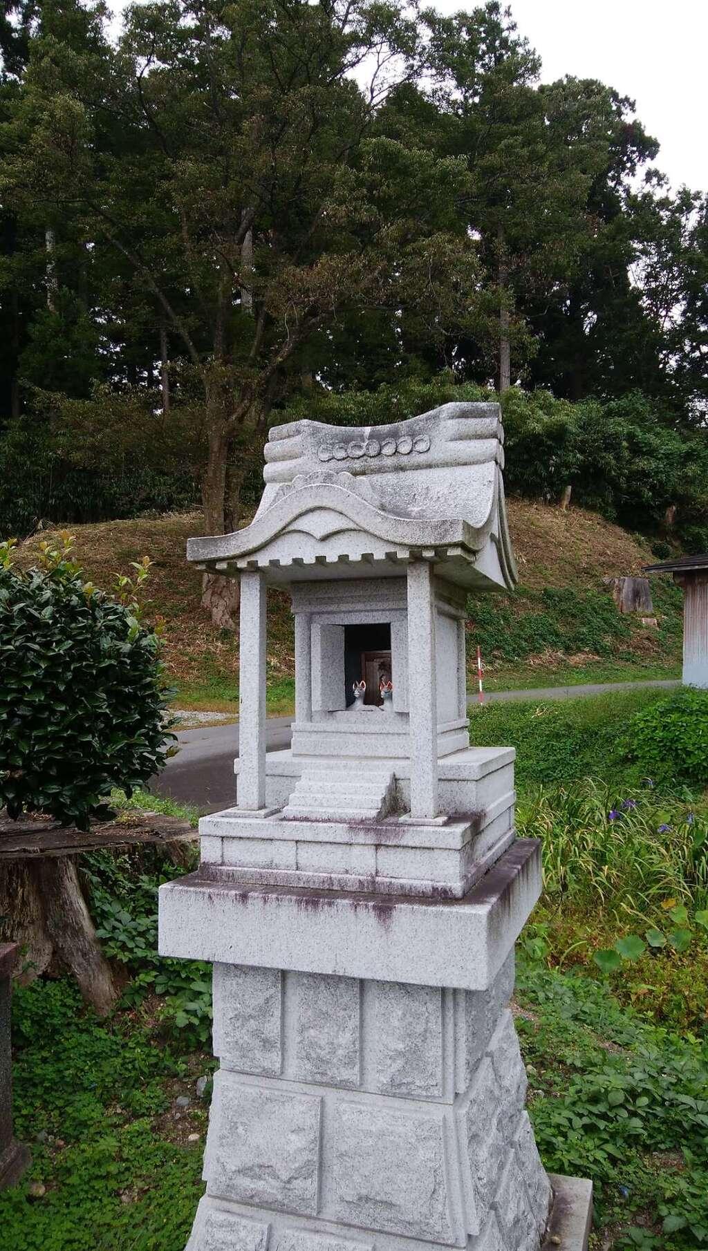 白狐山光星寺の建物その他