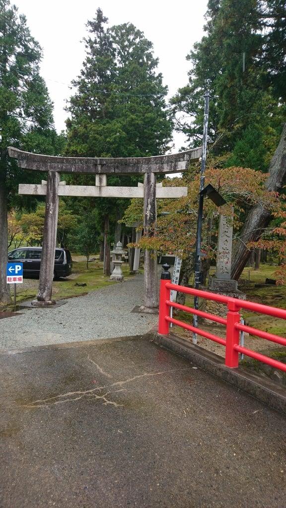久久比神社の鳥居