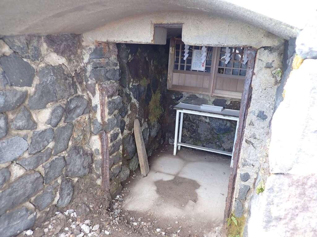 樽前山奥宮の建物その他