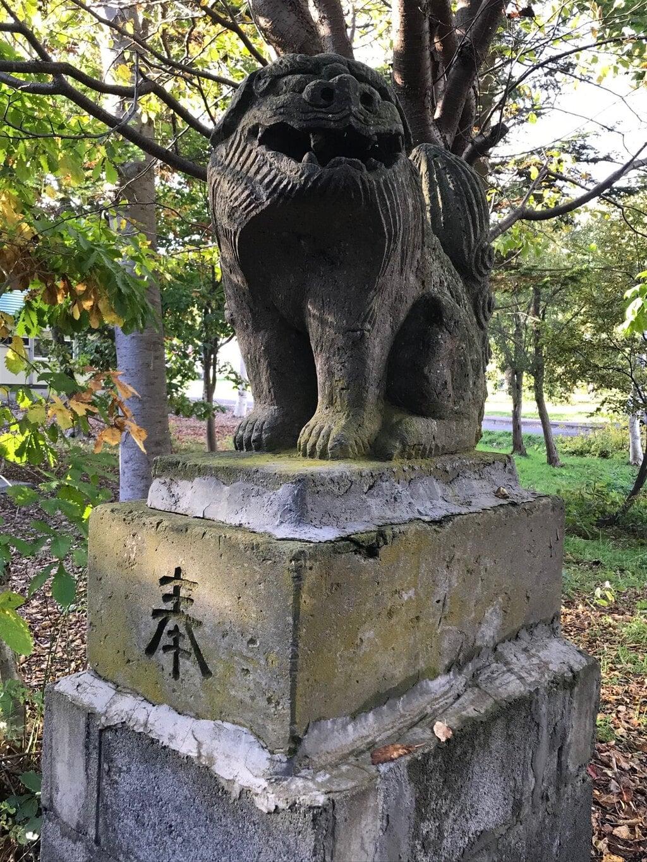 赤井川神社の狛犬