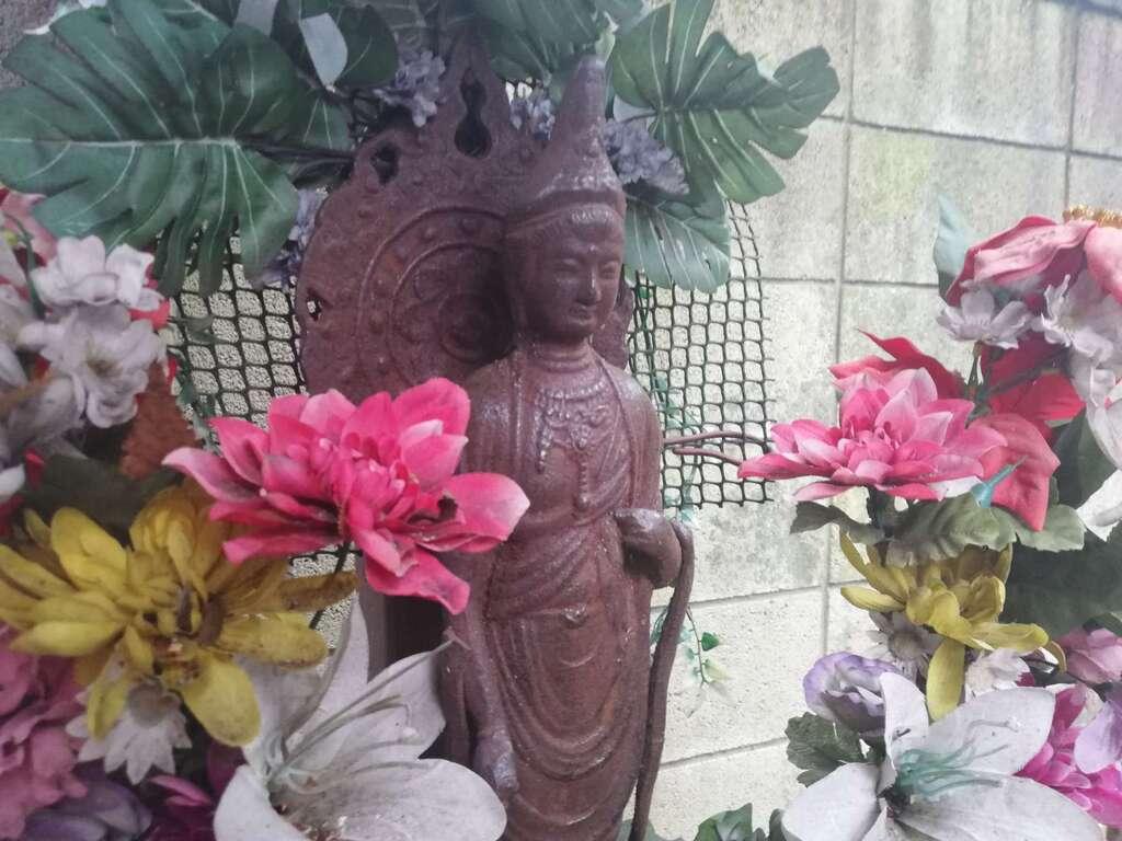 導きの社 熊野町熊野神社の仏像