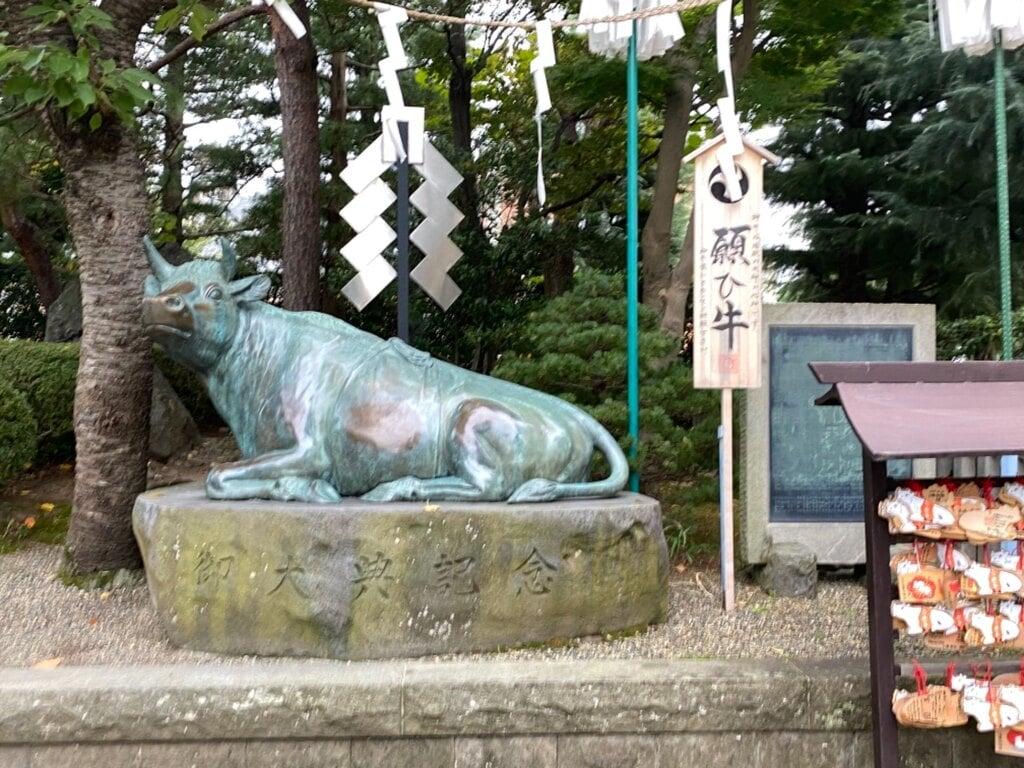 里之宮 湯殿山神社の狛犬