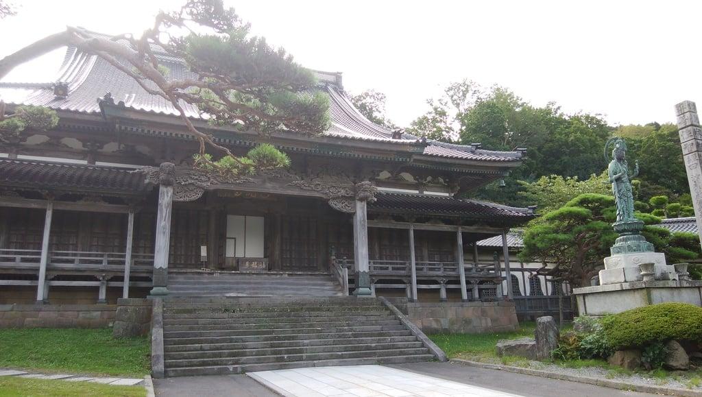 高龍寺の本殿