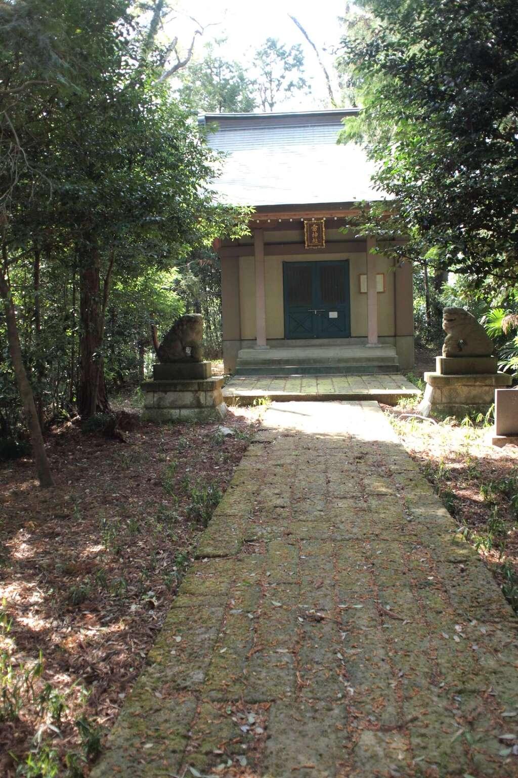 蒲生神社の本殿
