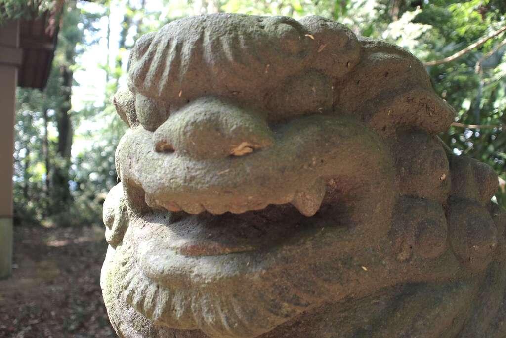 蒲生神社の狛犬