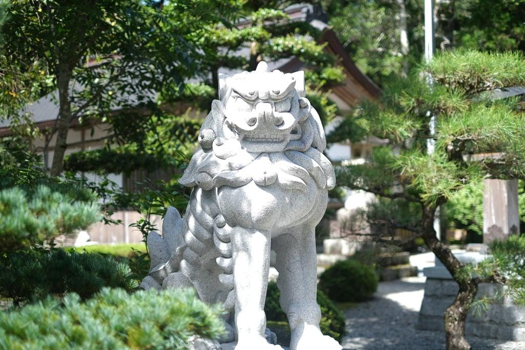 熊野本宮大社の狛犬