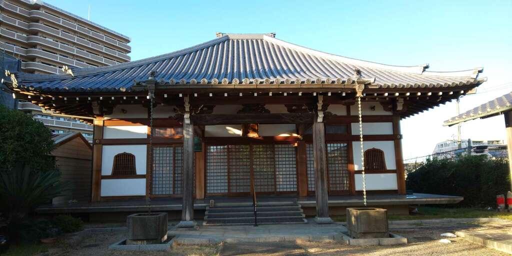 清岸寺の本殿