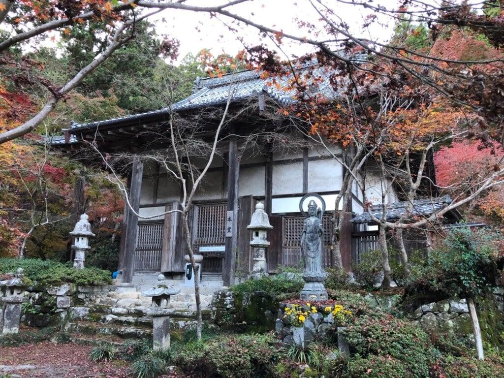 石馬寺の本殿