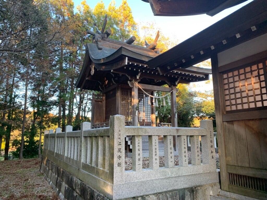 三社大明神社の本殿
