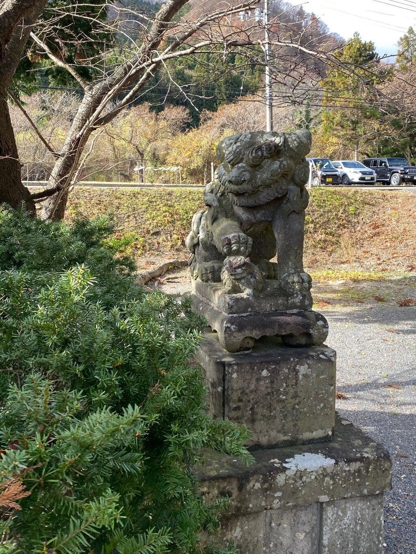 高司神社〜むすびの神の鎮まる社〜の狛犬