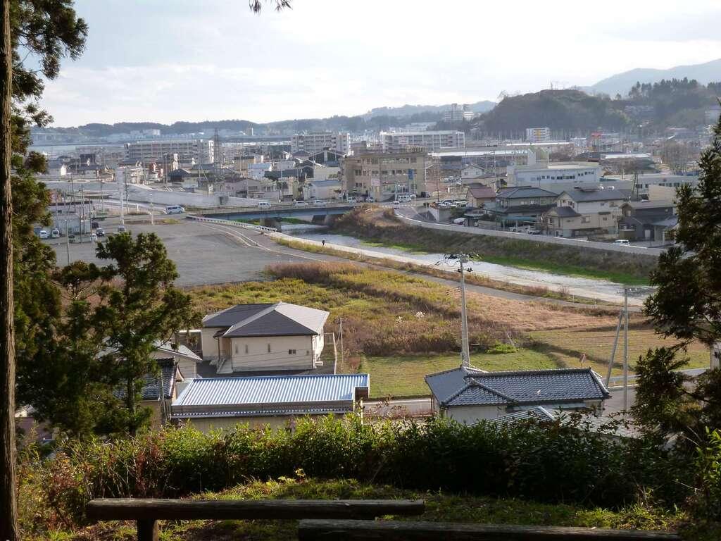 八幡神社(鹿折)の景色