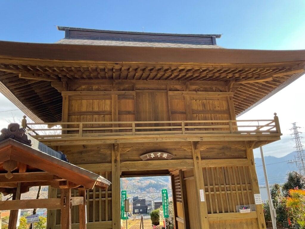 大慈寺の山門
