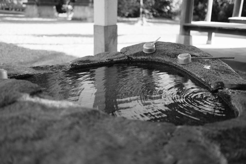 聖神社の手水
