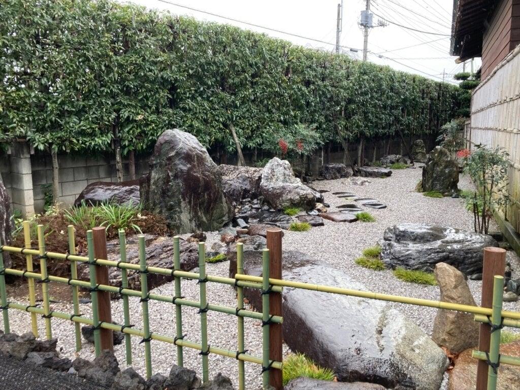 清泰寺の庭園