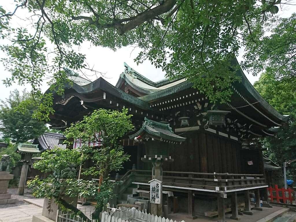 生根神社の本殿