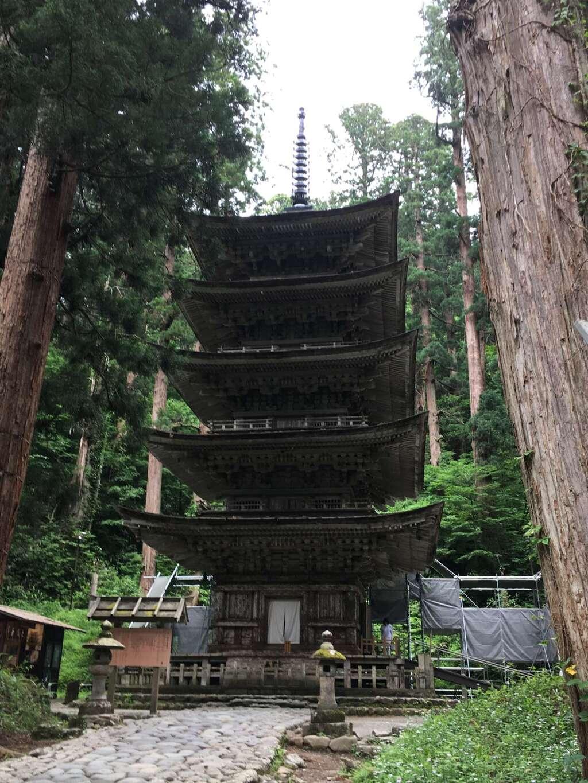 出羽神社(出羽三山神社)~三神合祭殿~の塔