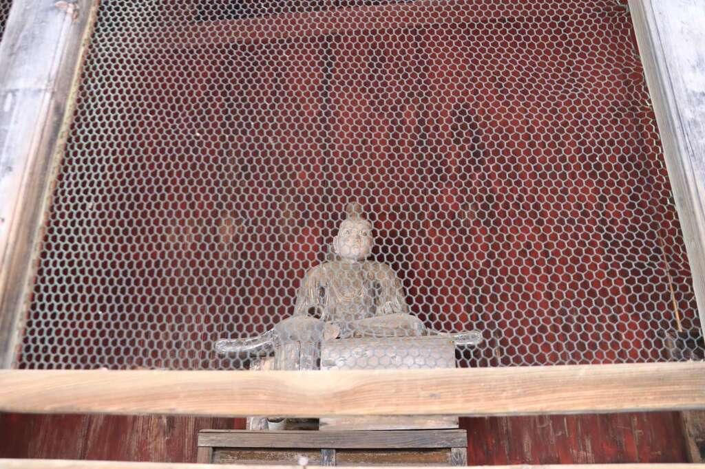 田村神社の像