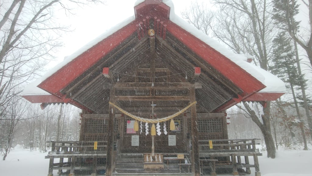 興部神社の本殿