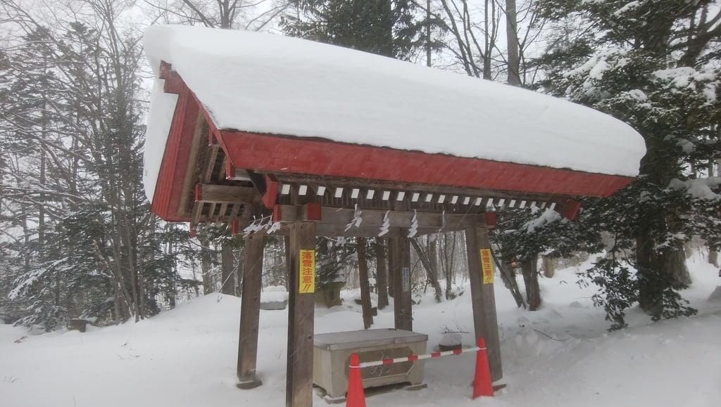 興部神社の手水