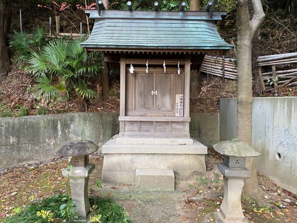 居神神社の末社