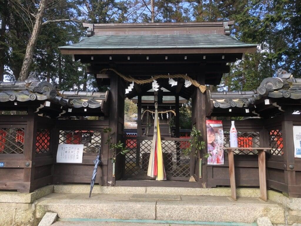 那波加神社の本殿