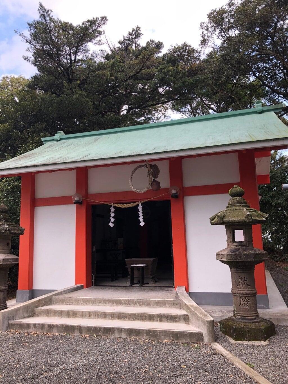 烏帽子嶽神社の本殿