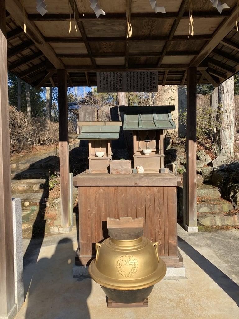 玉野御嶽神社の末社