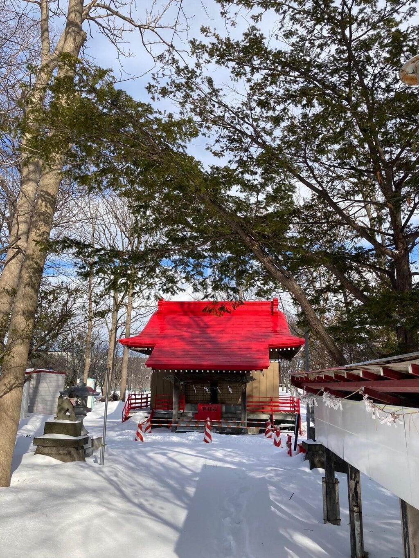 山本稲荷神社の本殿