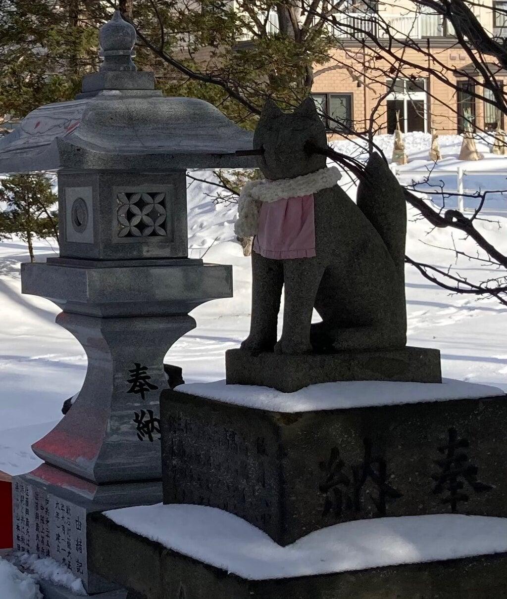 山本稲荷神社の狛犬