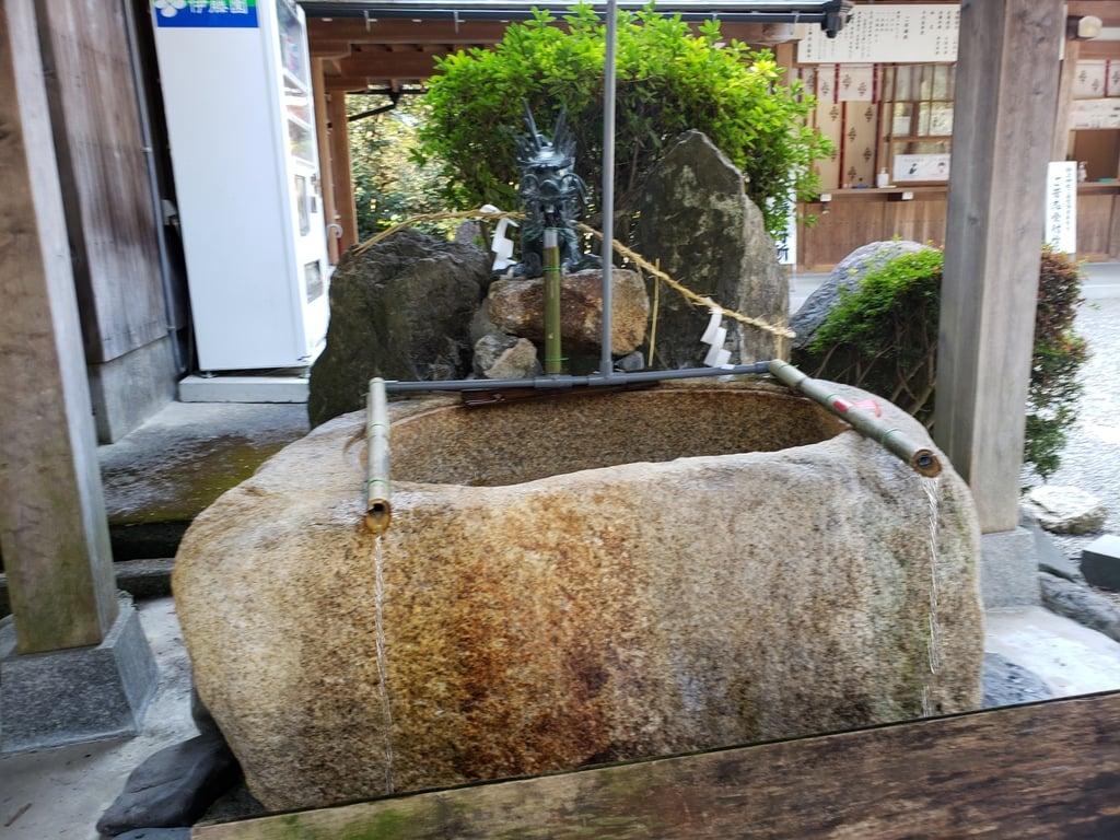 御上神社の手水