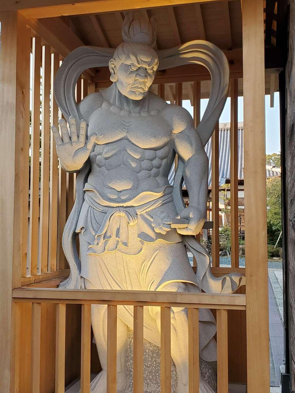 雲晴寺の像