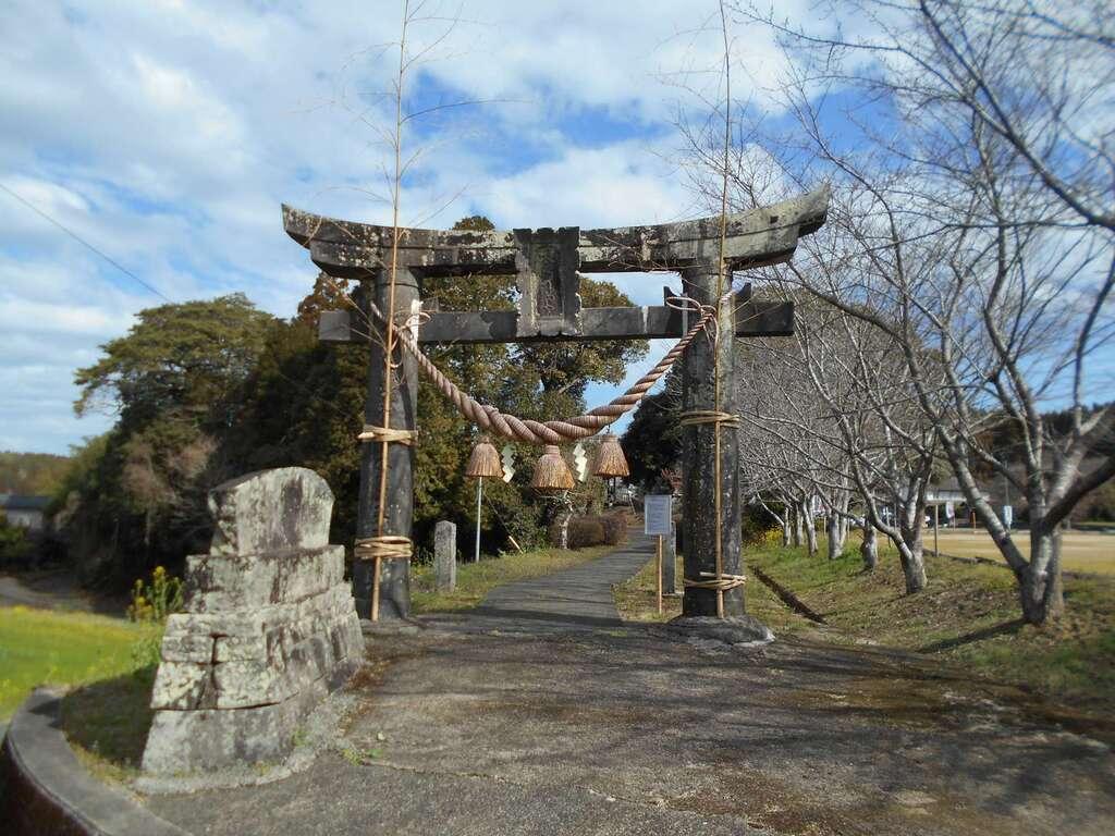 竃門菅原神社の鳥居