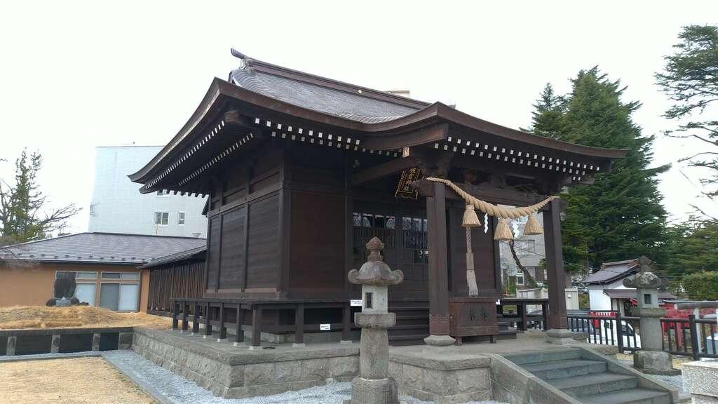 板倉神社の本殿