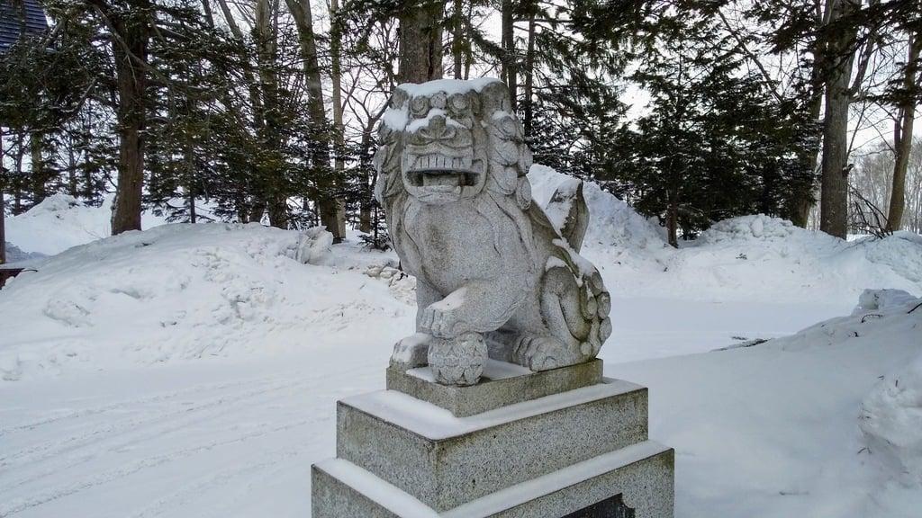 多寄神社の狛犬