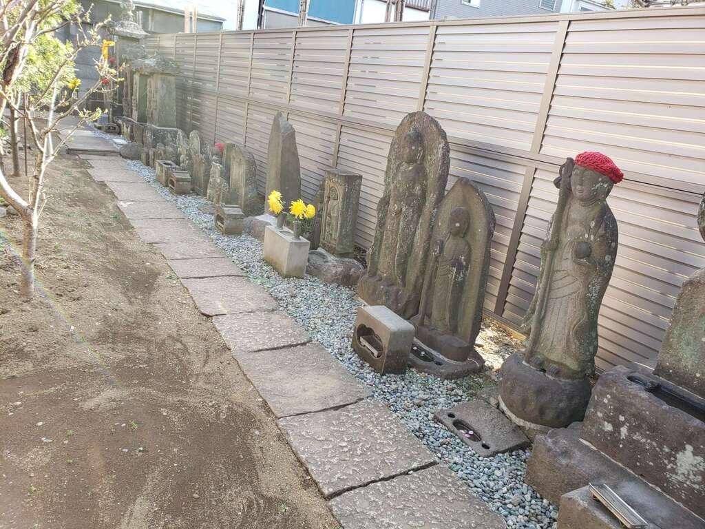 慈眼寺の地蔵