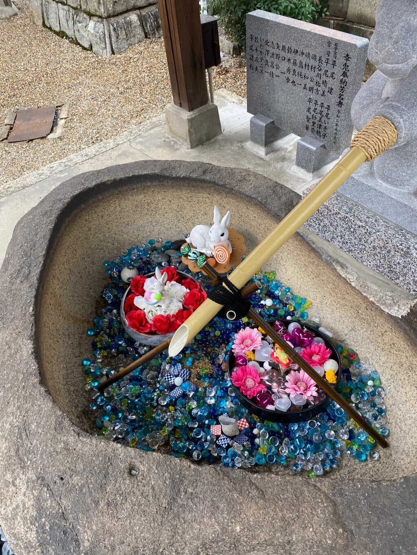 三輪神社の庭園