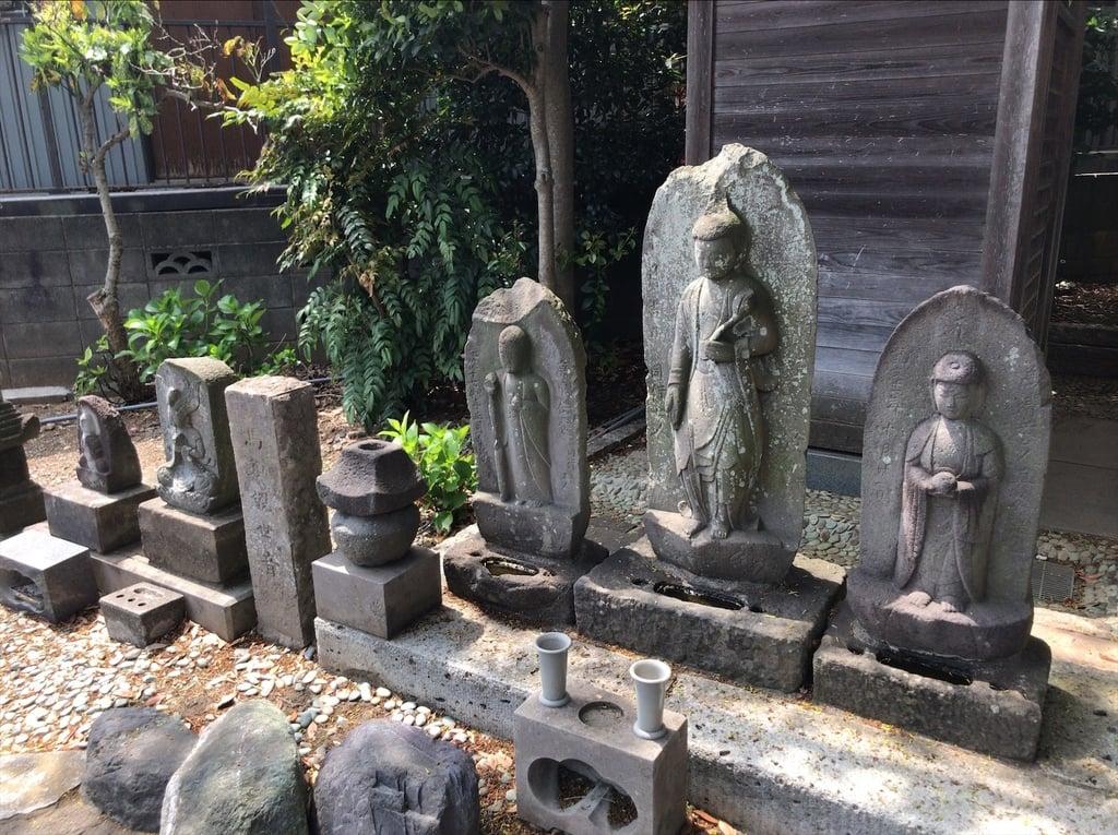 福聚院の地蔵